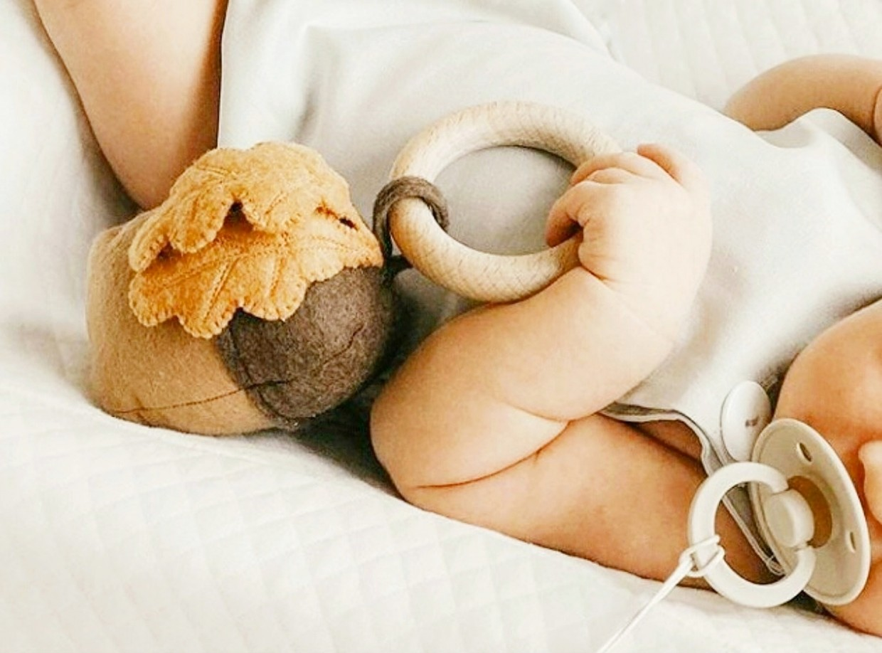 """Teether - Rattle """"Forest acorn"""""""